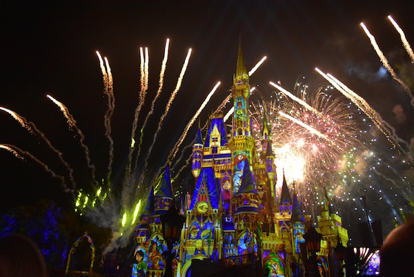 Happily Ever After, el nuevo espectáculo de fuegos artificiales en Magic Kingdom de Disney. Foto Gregorio Mayi.