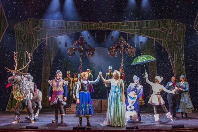 Frozen, A Musical Spectacular, en el Disney Wonder. Foto Disney Cruise Line.