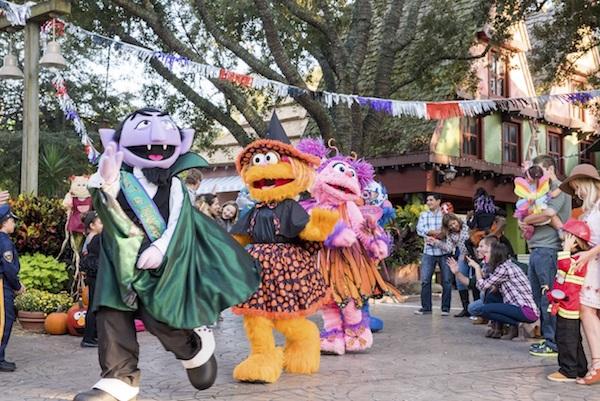 Halloween en Busch Gardens. Sesame Street en fines de semana. Foto Busch Gardens