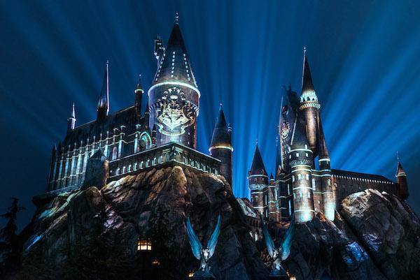 The Nighttime Lights at Hogwarts Castle. Foto Universal Orlando Resort.